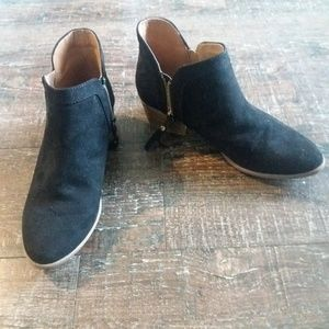 Black Suede-like Ankle Boots Size 6.5